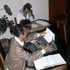 Man working at the press agency Anta. Man typing.