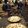 Market, eggs
