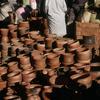 Everyday life, pottery market