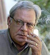 © UNESCO - Raúl Rivero, winner of the 2004 UNESCO Guillermo Cano World Press Freedom Prize.