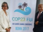 The Prime Minister of Fiji, Mr. J.V. Bainimarama, and UNESCO's Assistant Director-General for the Natural Sciences, Ms. Flavia Schlegel, at the unveiling of the COP23 logo.