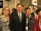 El Presidente de Panama, Juan Carlos Varela, junto con representantes de la UNESCO Flavia Schlegel, Sub-Directora General para Ciencias, Esther Kuisch-Laroche, Directora de la oficina en San José, y Lidia Brito, Directora de la oficina en Montevideo