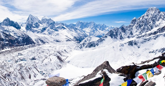 Encompassing majestic snowcapped peaks of the Hindu Kush-Himalayas, the Sagarmatha National Park World Heritage Site is dominated by Mount Everest (8,848 m).